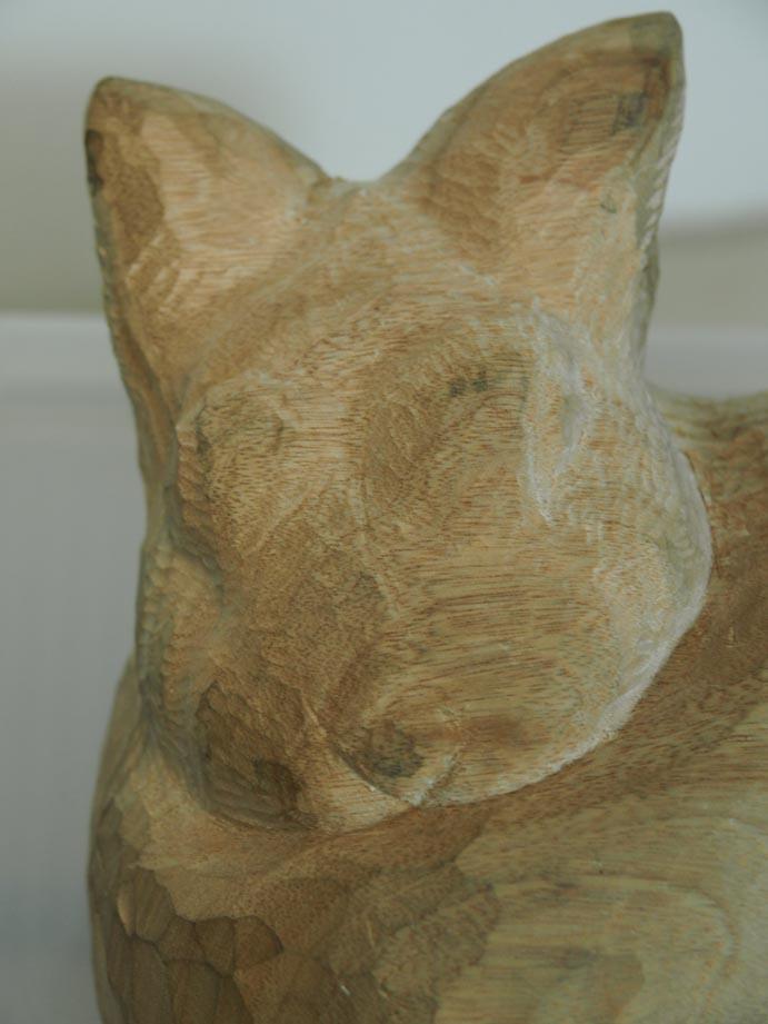 顔の仕上げ彫り