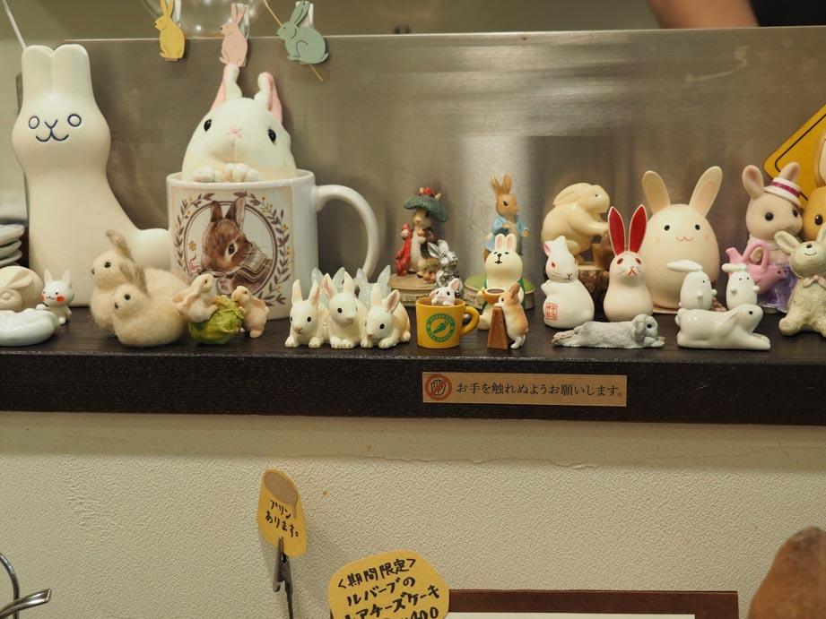 店内はうさぎさんの飾り物がいっぱい!