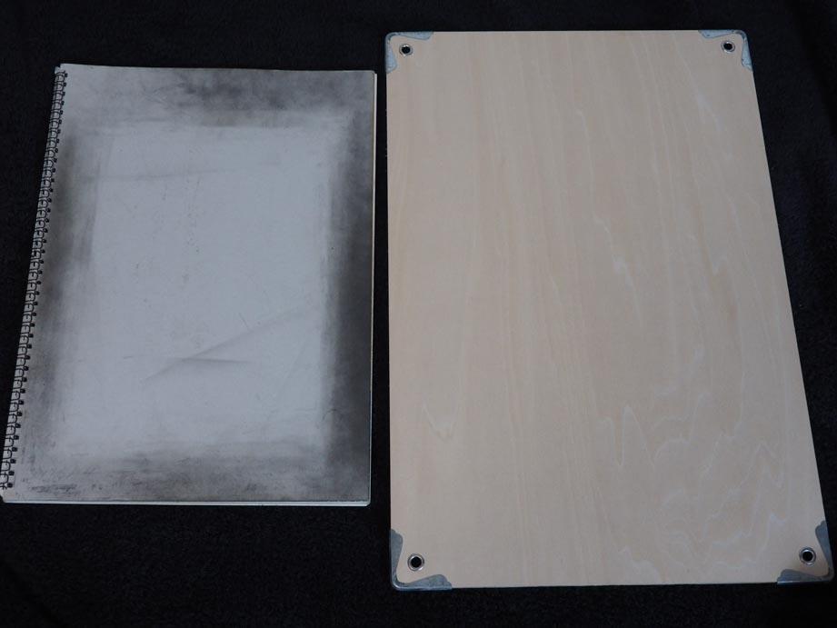 今まで使ってた画板と新画板